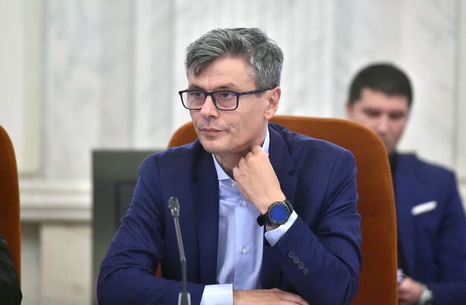 Ministrul Energiei, Virgil Popescu: 'Am prezentat astăzi în Guvern, proiectul de ordonanță de urgență pentru compensarea facturilor românilor la electricitate și gaze'