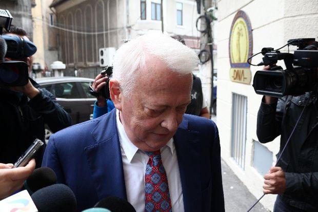 Viorel Hrebenciuc va face pușcărie! A fost condamnat definitiv la 3 ani de închisoare cu executare