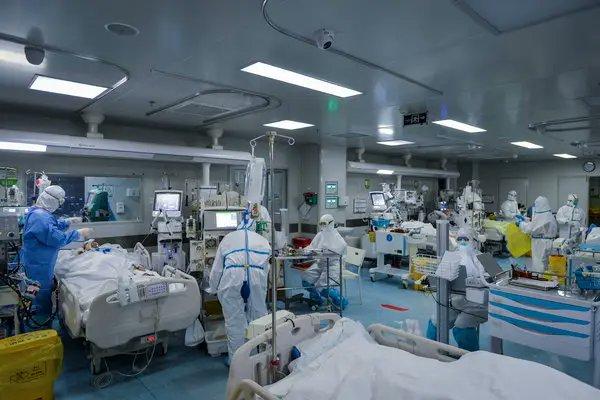 Informarea de la ora 13:00. Situație alarmantă! Peste 4.400 de noi cazuri de coronavirurs în 24 de ore!